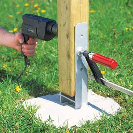 Les fixations de poteaux les guides de la construction bois - Plot beton pour poteau bois ...